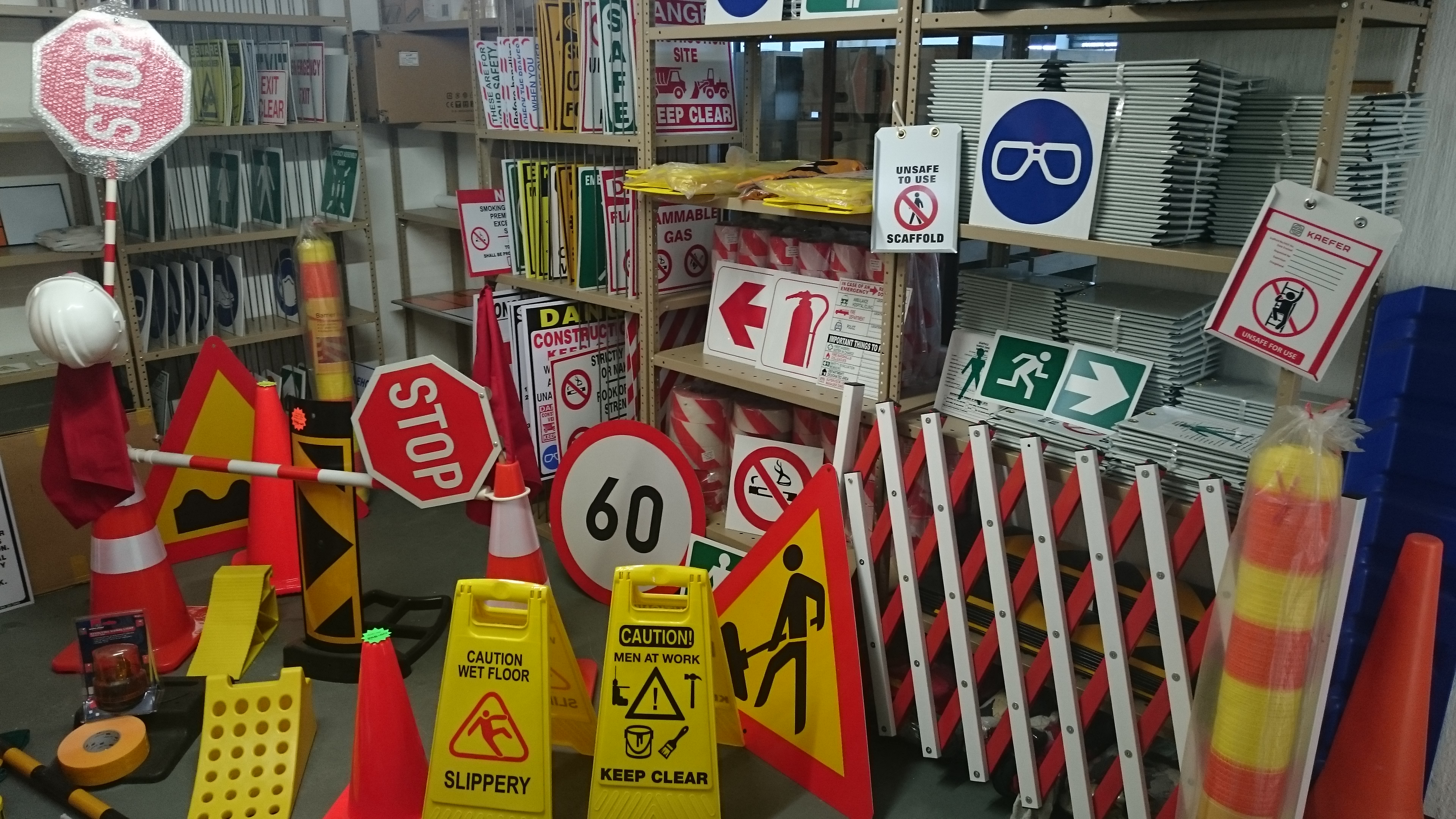 Road Signs – Diad Signs & Industrial Suppliers